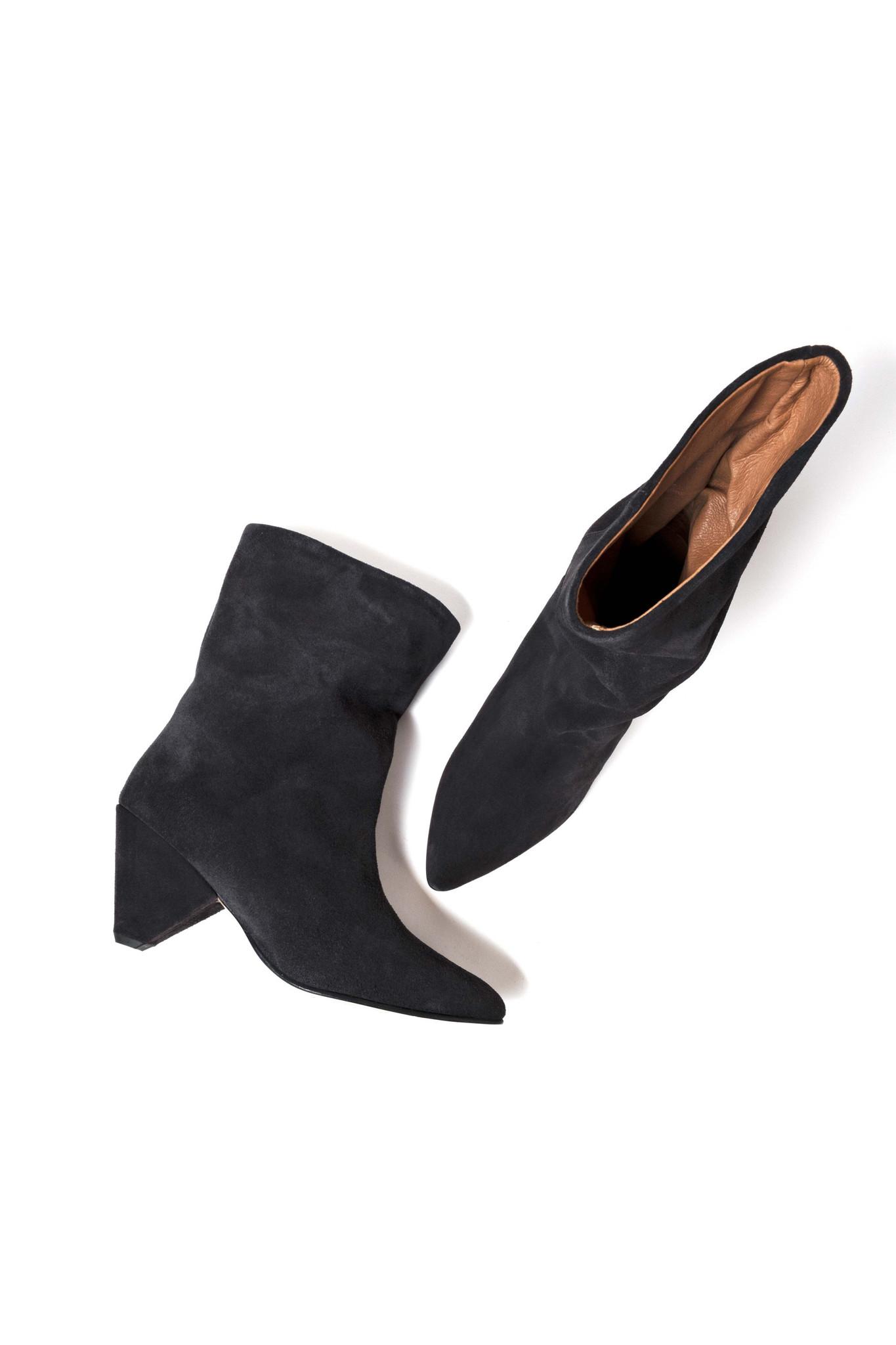Vully 75 Triangle Calf Suede Boot - Dark Grey 38-4