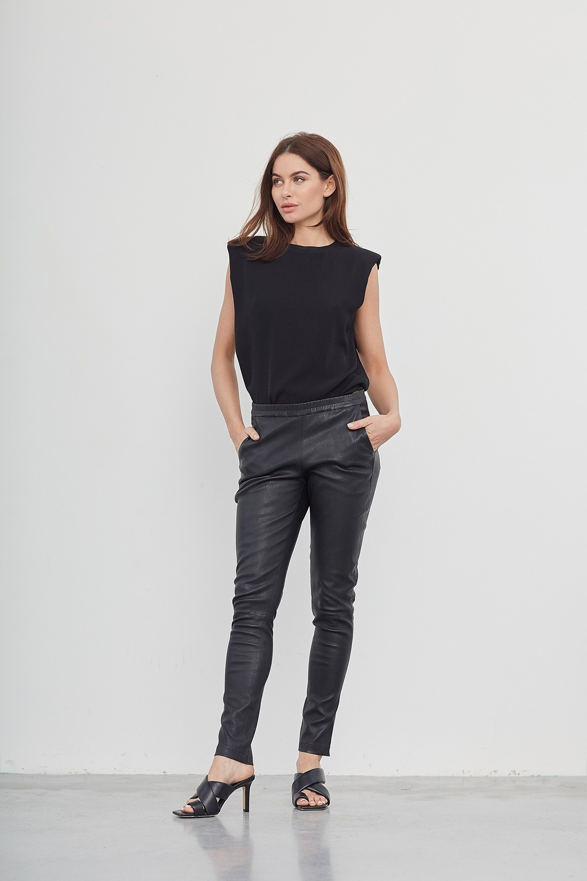 Babba Leather Pant - Black-2