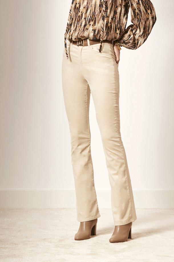 Billie Flare Velvet Pants - Chalk-2