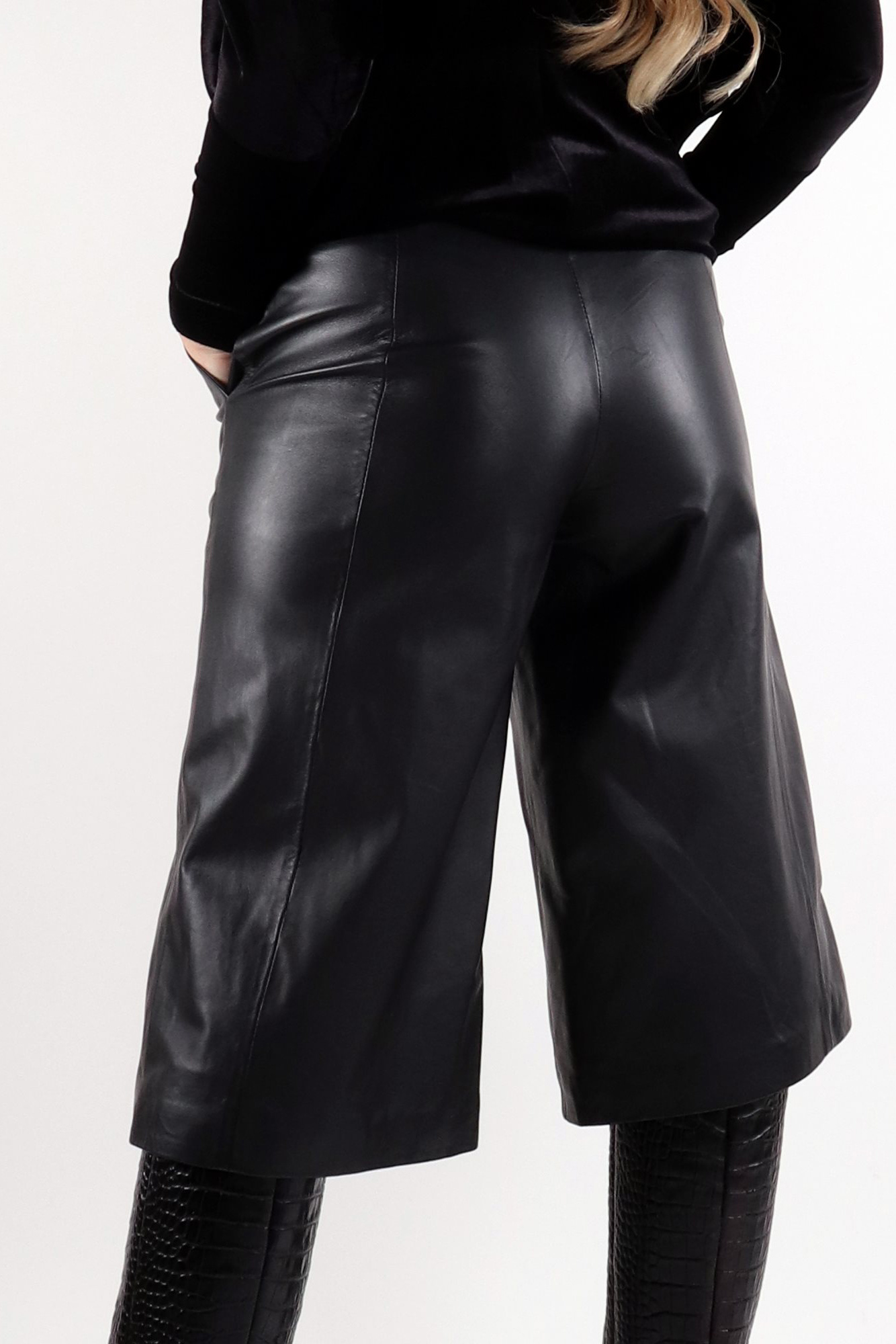 Palma Leather Culotte - Black-2