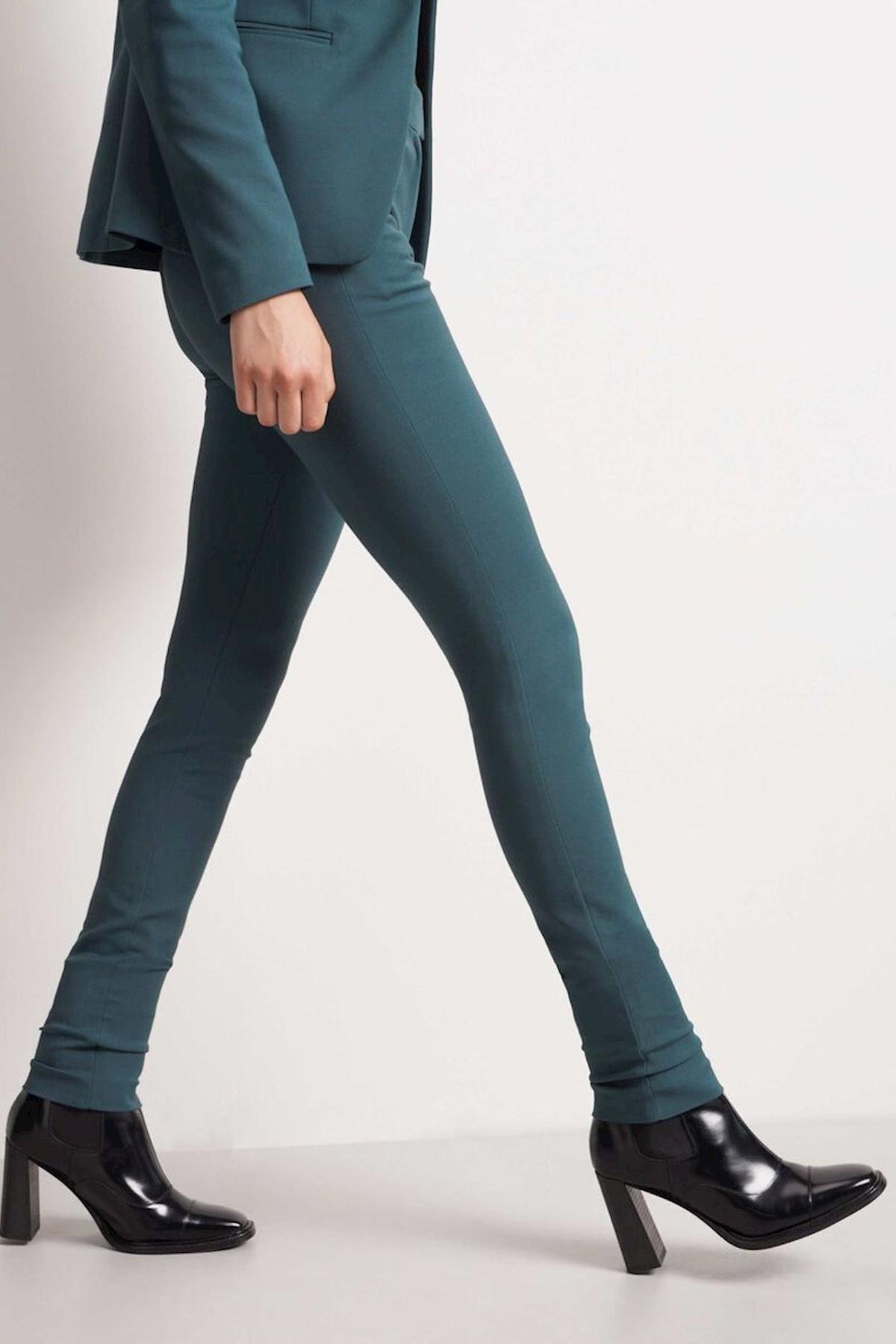 Taika Trousers - Scarab Green-3