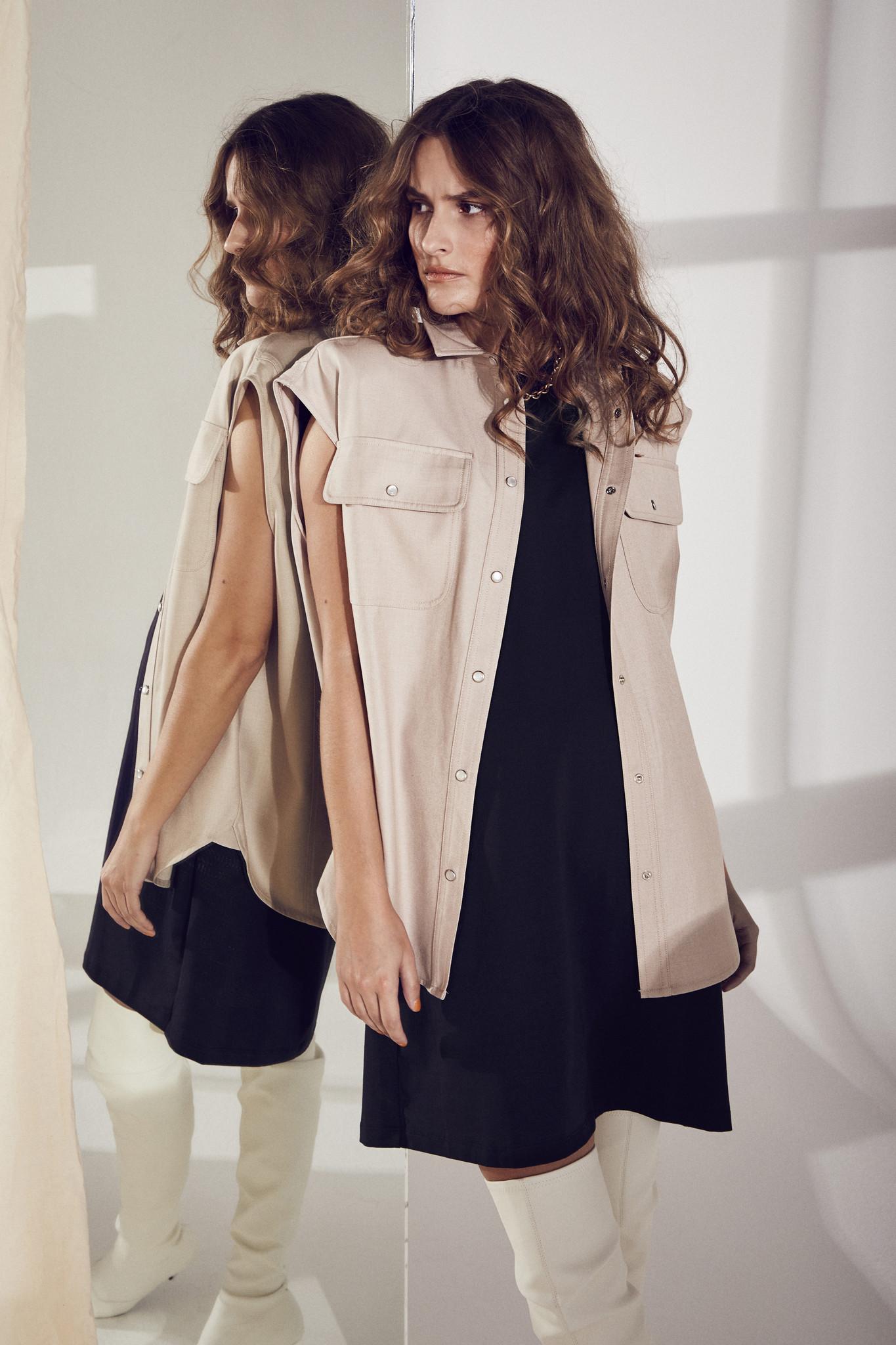 Eduarda Tee Dress - Black-3