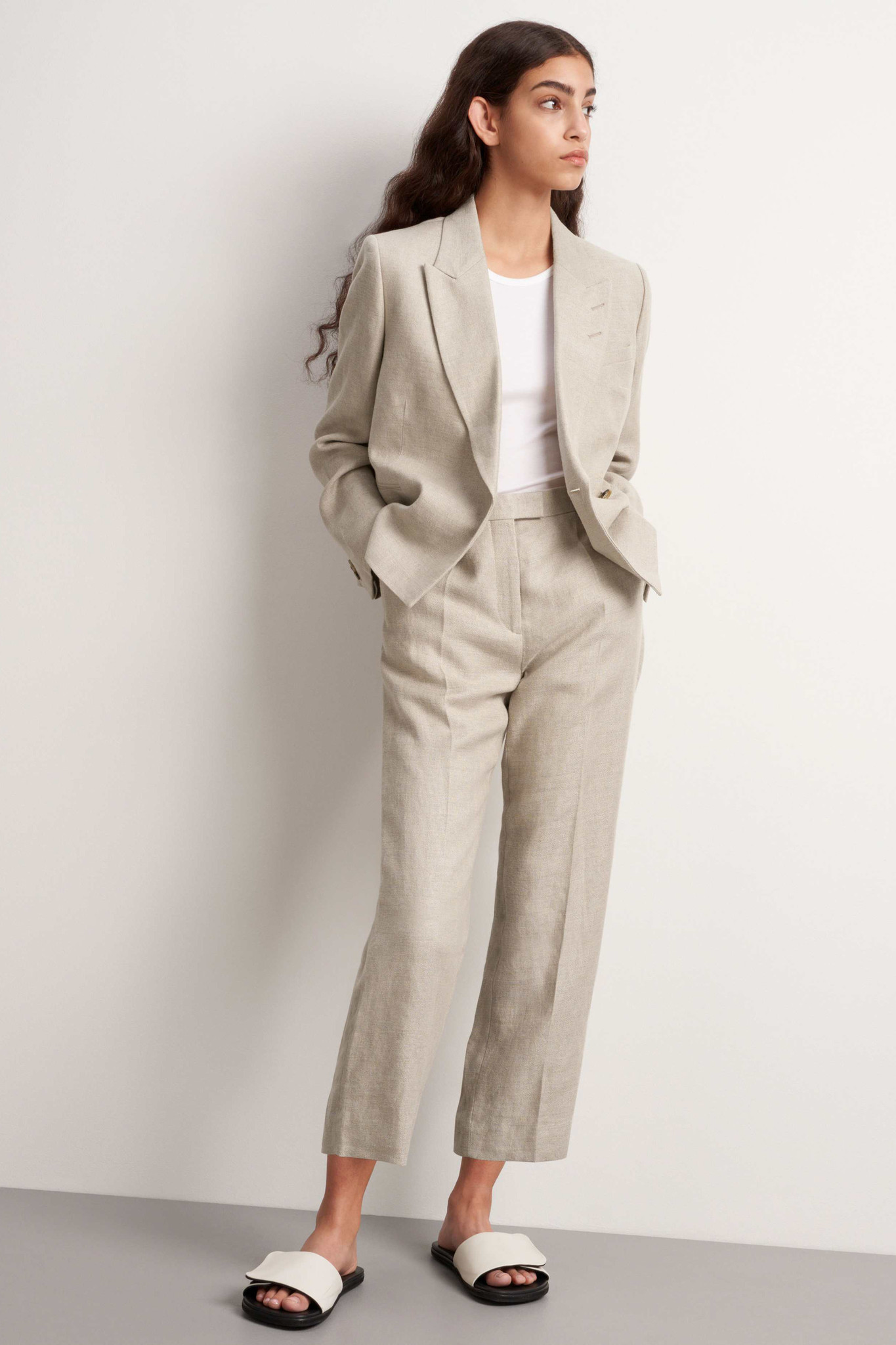 Thera Trousers - Feather-2