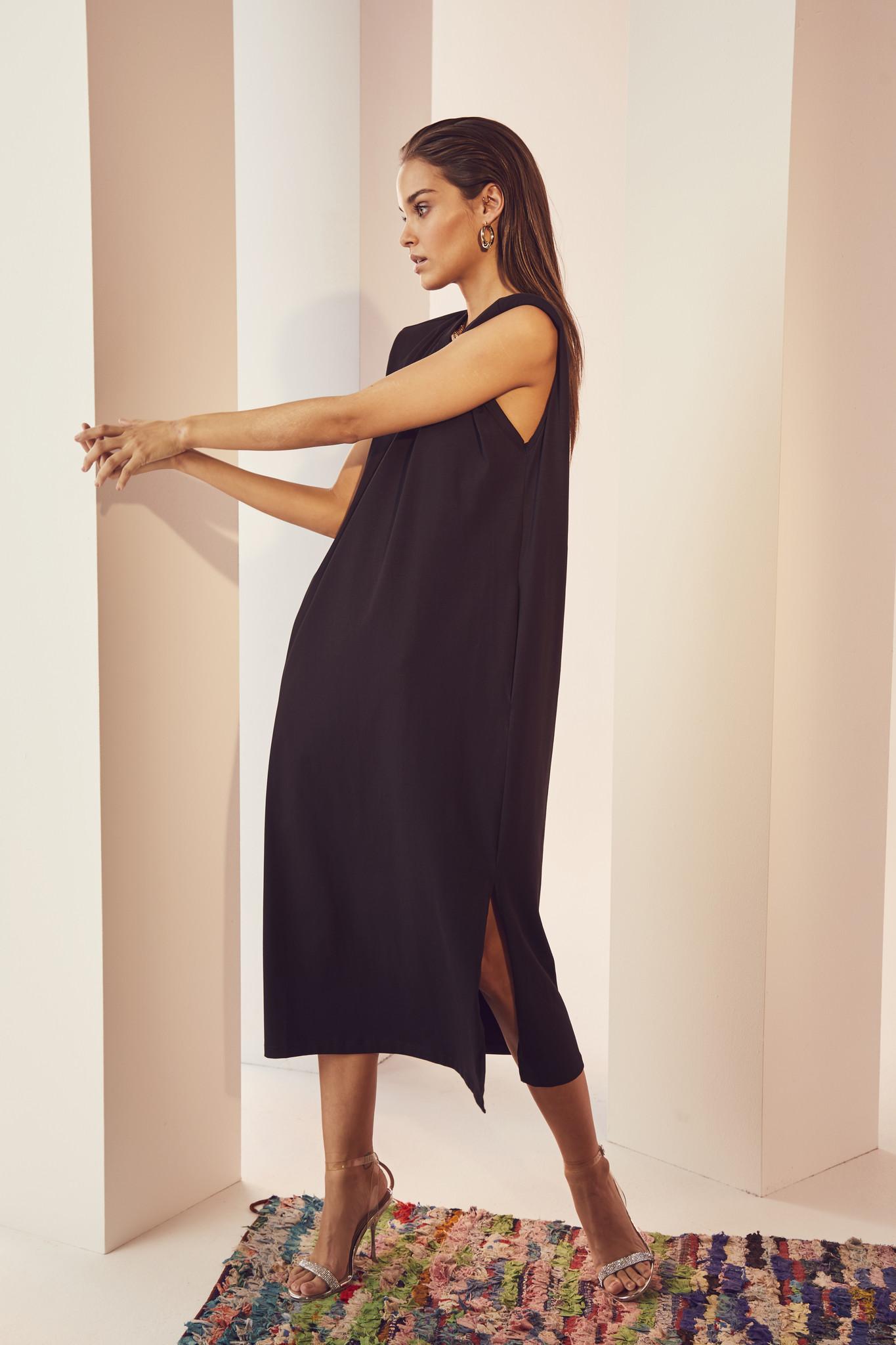 Eduarda Ankle Tee Dress - Black-2