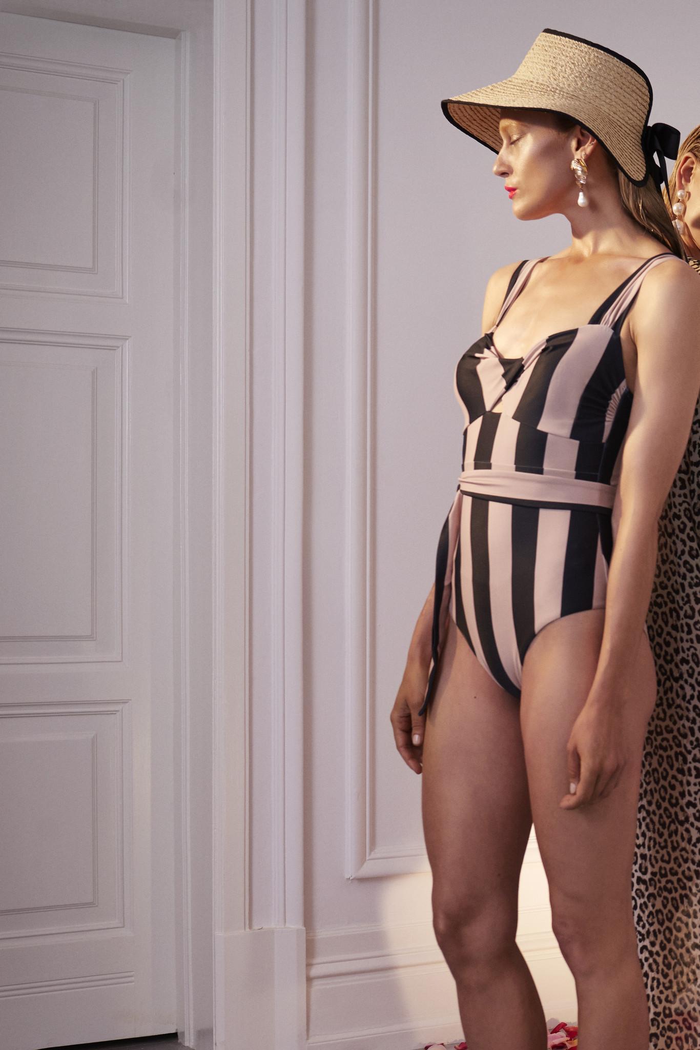 Obi Twist Swimsuit - Noir Stripe M-2