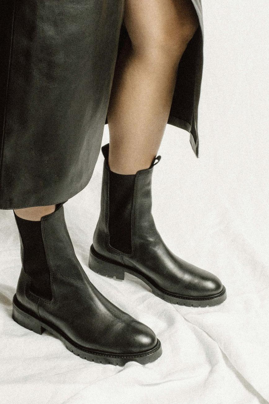 Haily Vegetable Tanned Boot - Black-2