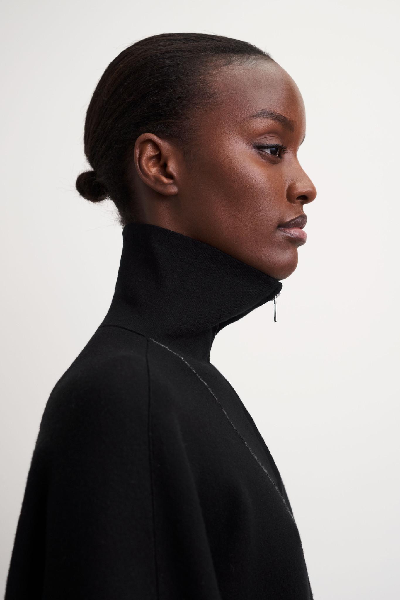 Griet Pullover - Black-3