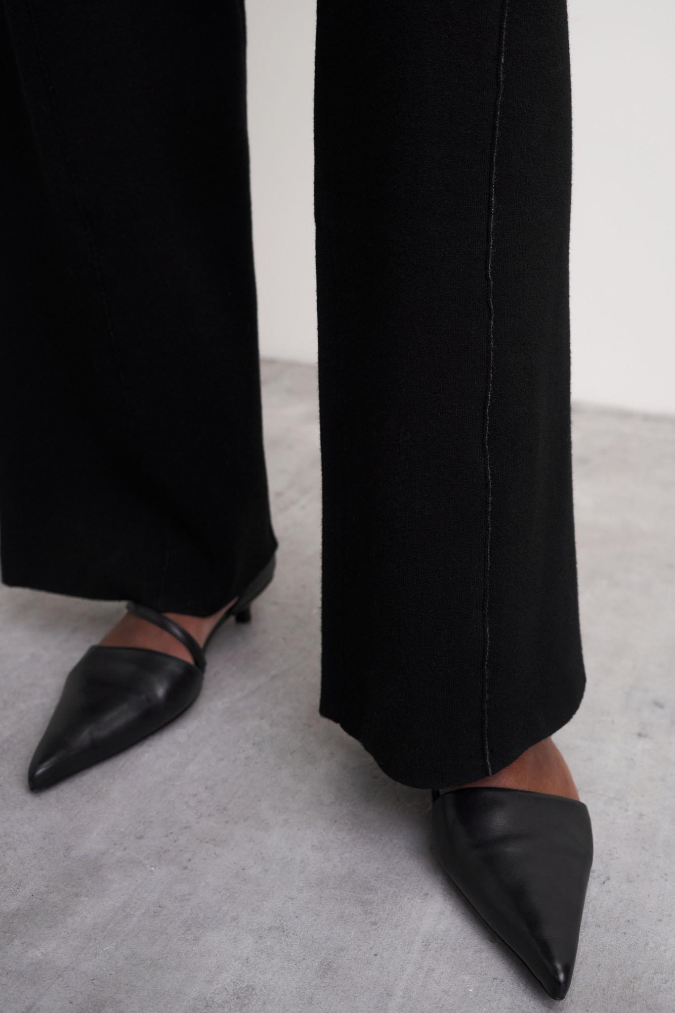 Lien Pant - Black-4