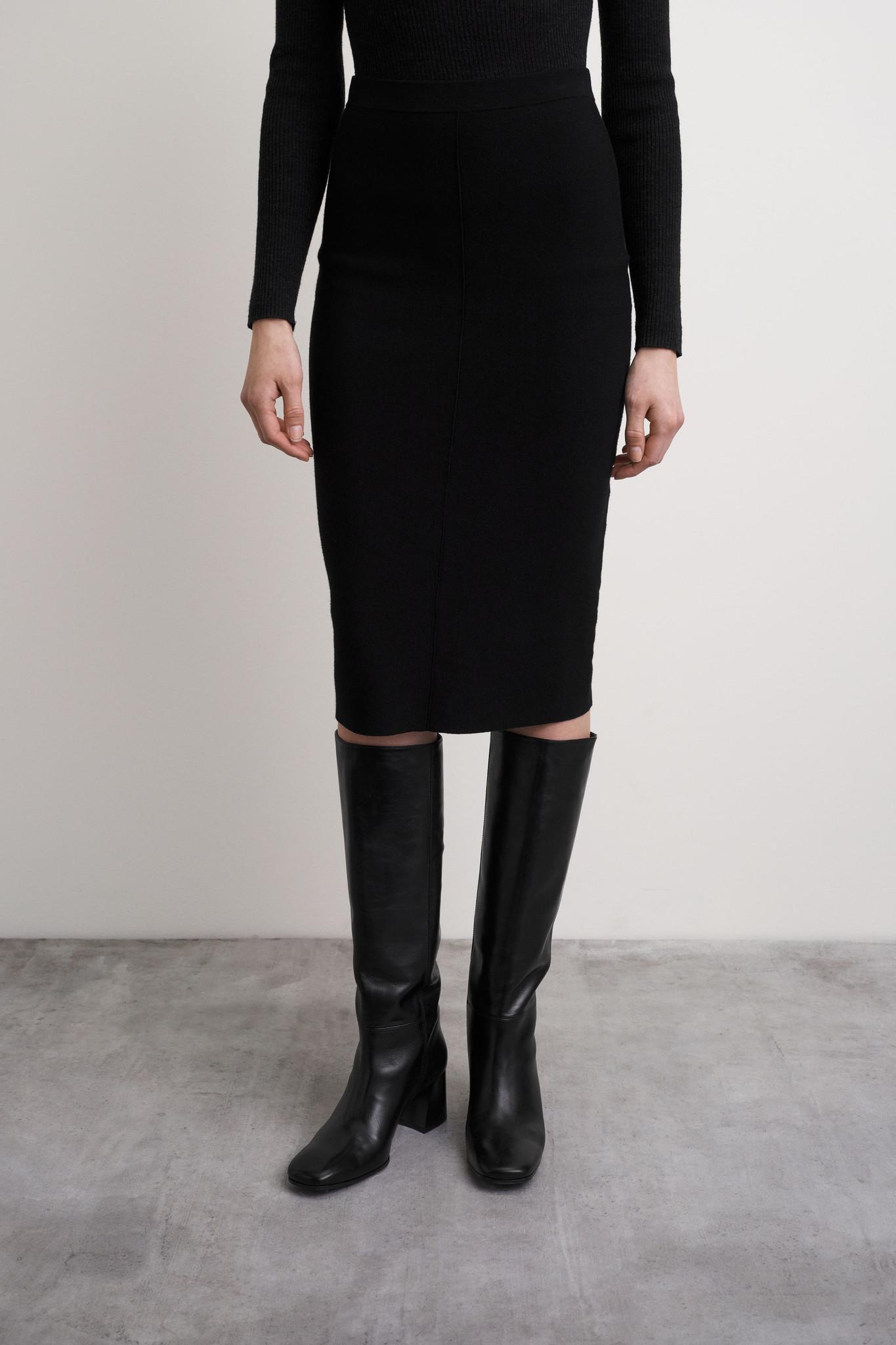 Karinna Skirt - Black-4