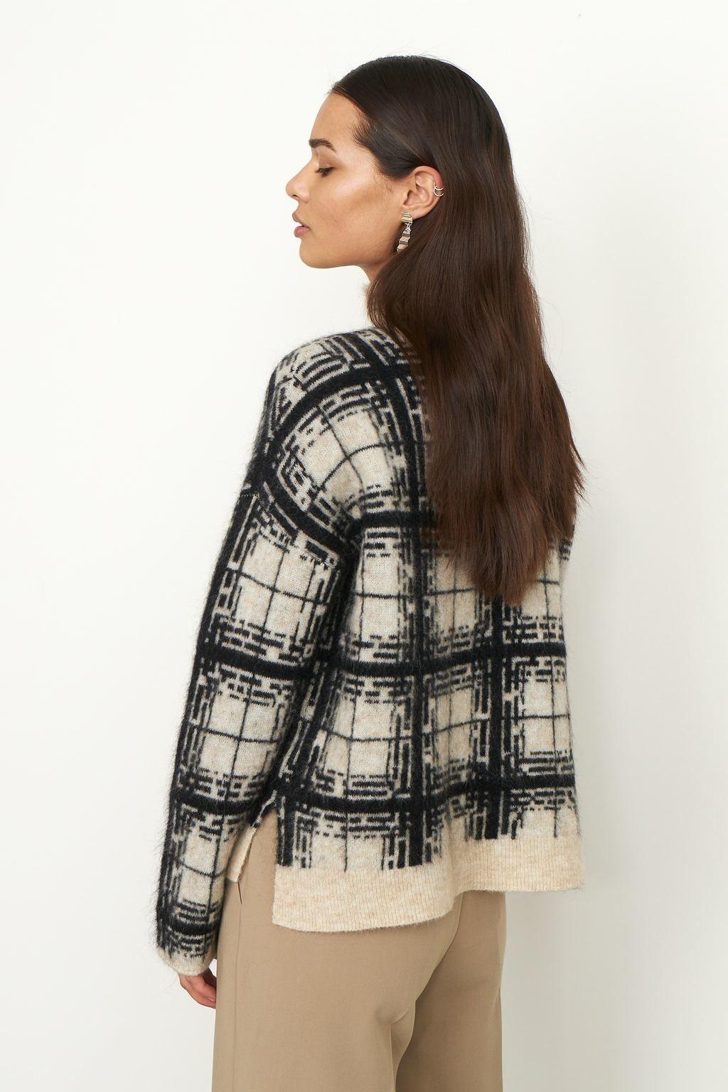 Louisa Knit T-Neck - Black-6