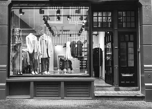 RUM Amsterdam window