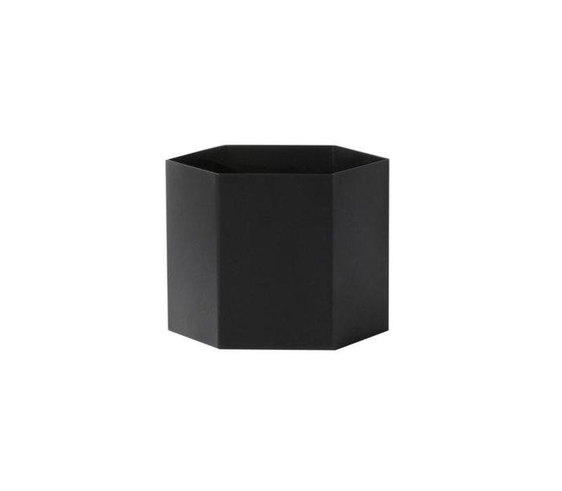 Hexagon pot black