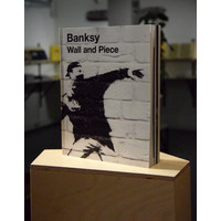 Random House UK Banksy - Wall and Piece