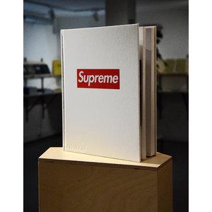 SUPREME volume 2
