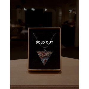Necklace triangle (SOLD OUT)