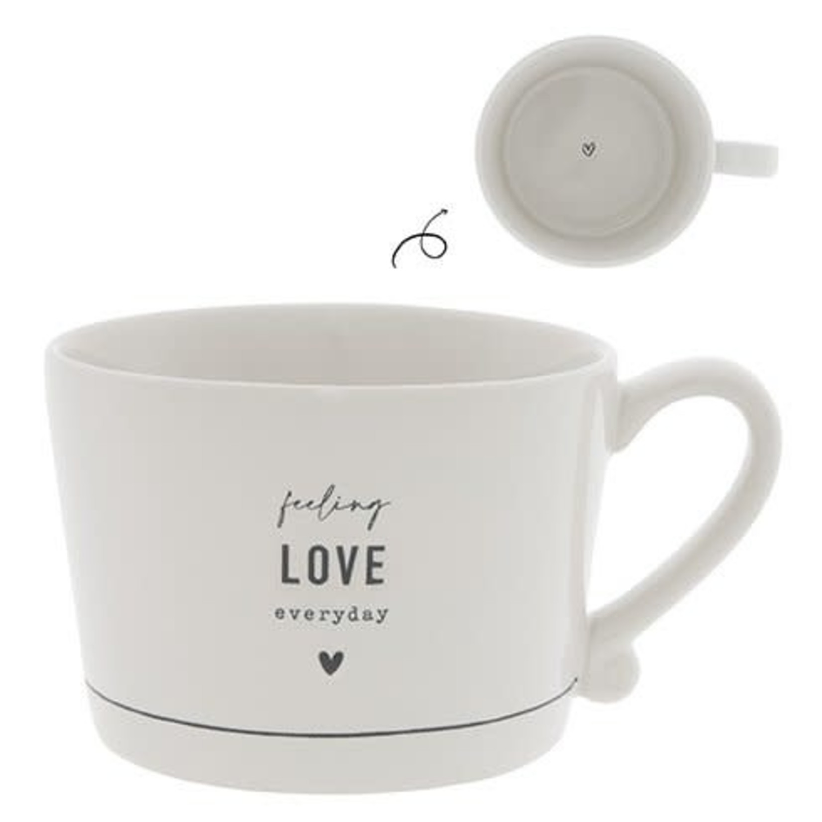 Bastion Collections Cup large White Feeling Love Everyday in Black