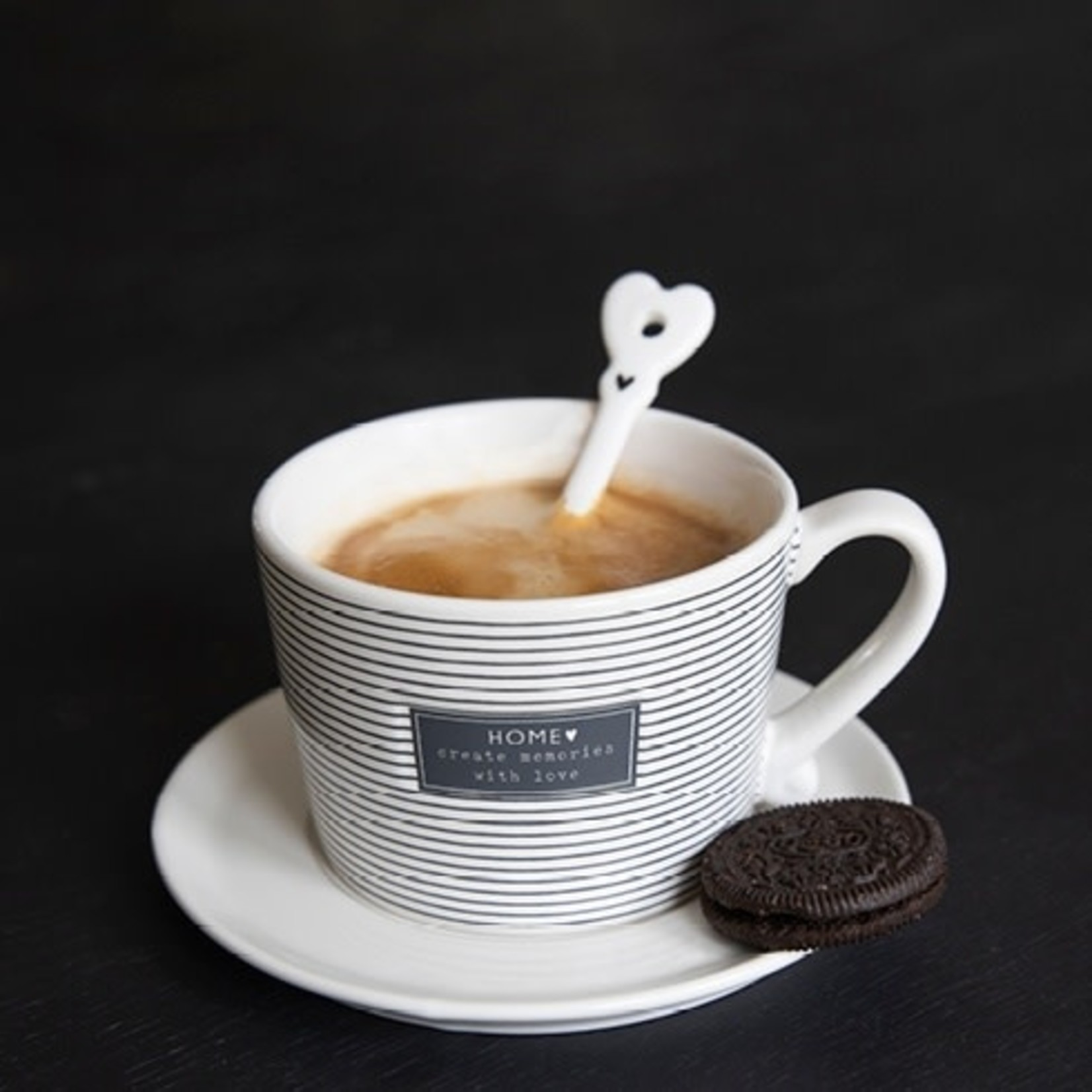 Bastion Collections Cup large White Create Memories in Black