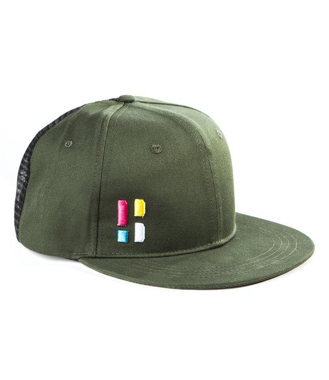 Hysterese / Kappe mit Emblem - grün