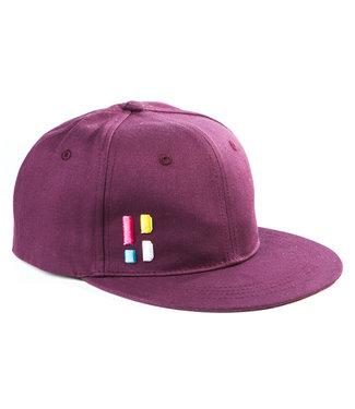Snapback / cap with emblem - burgundy