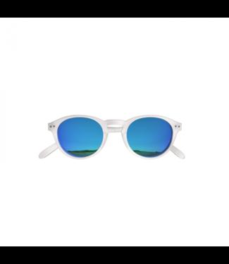 Weiße / blaue Sonnenbrille (rund) – Poederbaas x Blueberry Collab