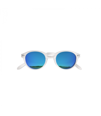 White / Blue Sunglasses (Round)