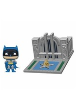 FUNKO! Town - Batman 80th POP - Batman figure & Hall of Justice