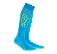 CEP run ultralight compressiekousen - electric blauw/groen
