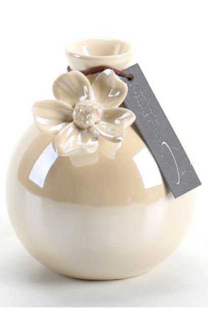 Glanzend wit geglazuurde vaas met bloem 8,5X8,5X11CM
