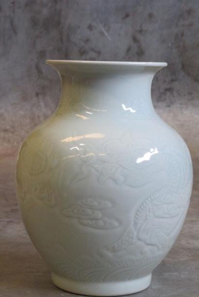 Porcelain vase Ø20xH26cm light celadon with dragon pattern