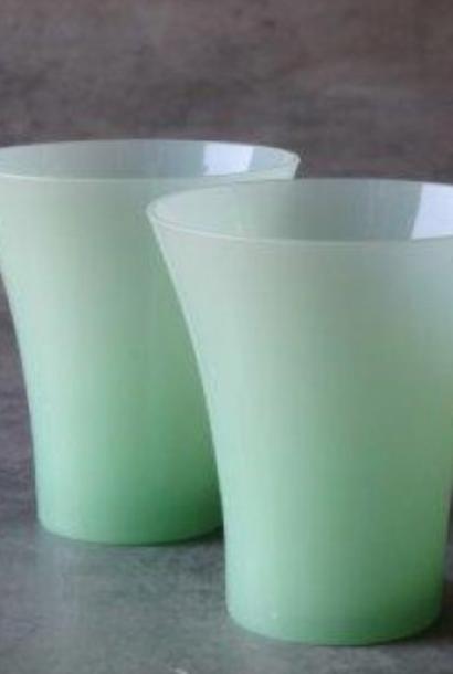 Glass T-light holder Donata Ø8,5xH9,5 jade