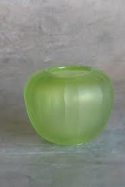 carved vase Ø11xH9cm Light green