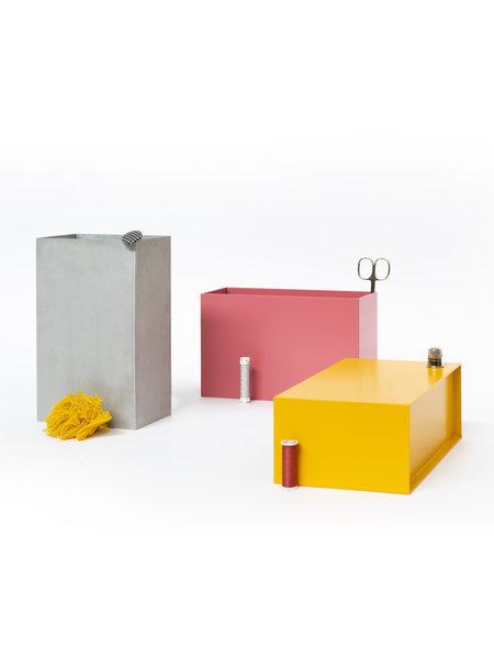 Atelier Belge Opbergbakjes metaal set van 3 babyrose, sneeuwgrijs en signaalgeel