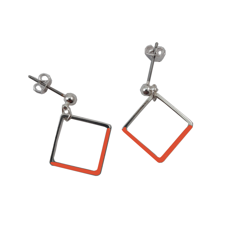 Queen Bee Silver orangered square