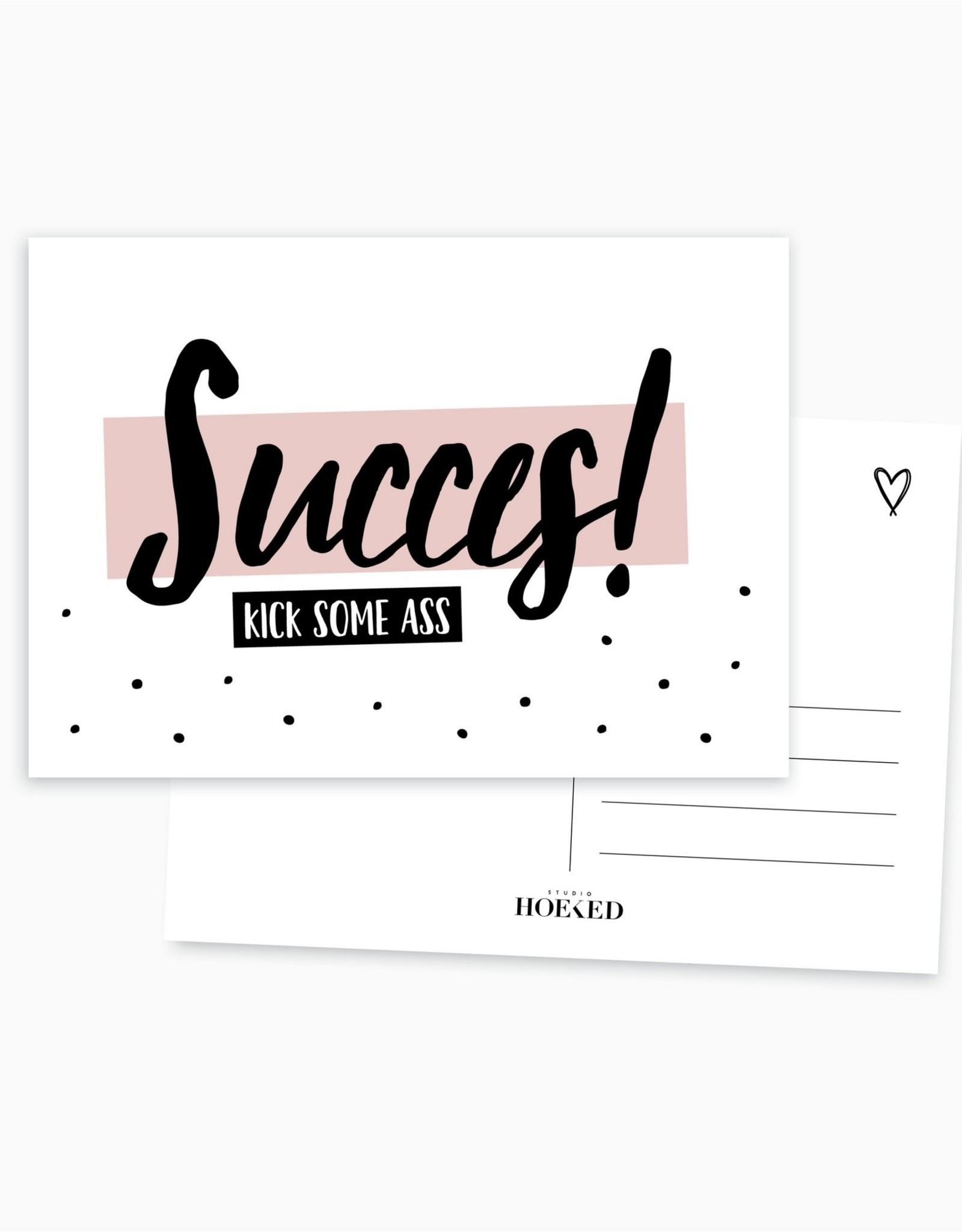 Studio Hoeked A6 Ansichtkaart || Succes