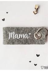Miekinvorm Sleutelhanger || mama || Grijs