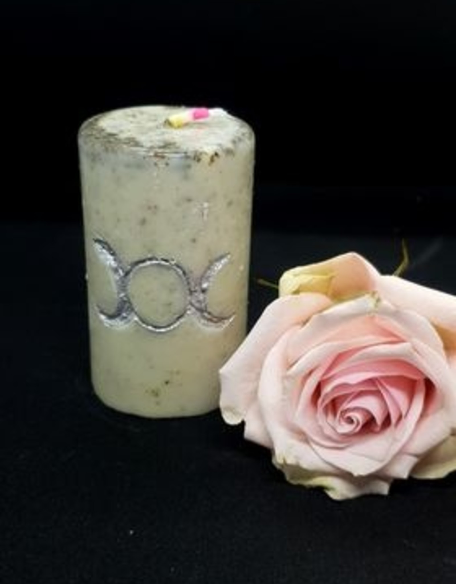 seazido - wevyra candle of the moon magic