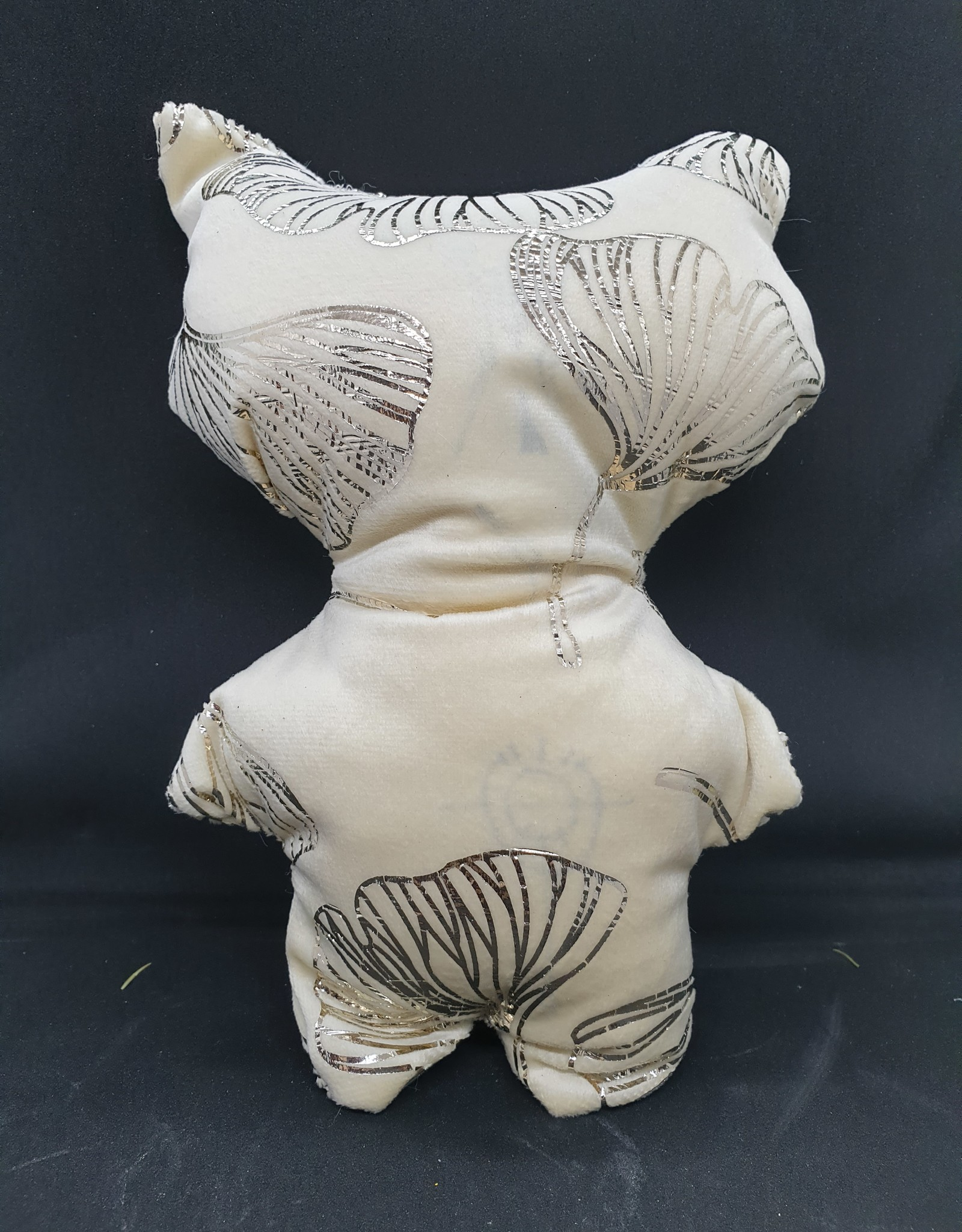 seazido - wevyra luck and protection doll big  (gold ginkgo -white)