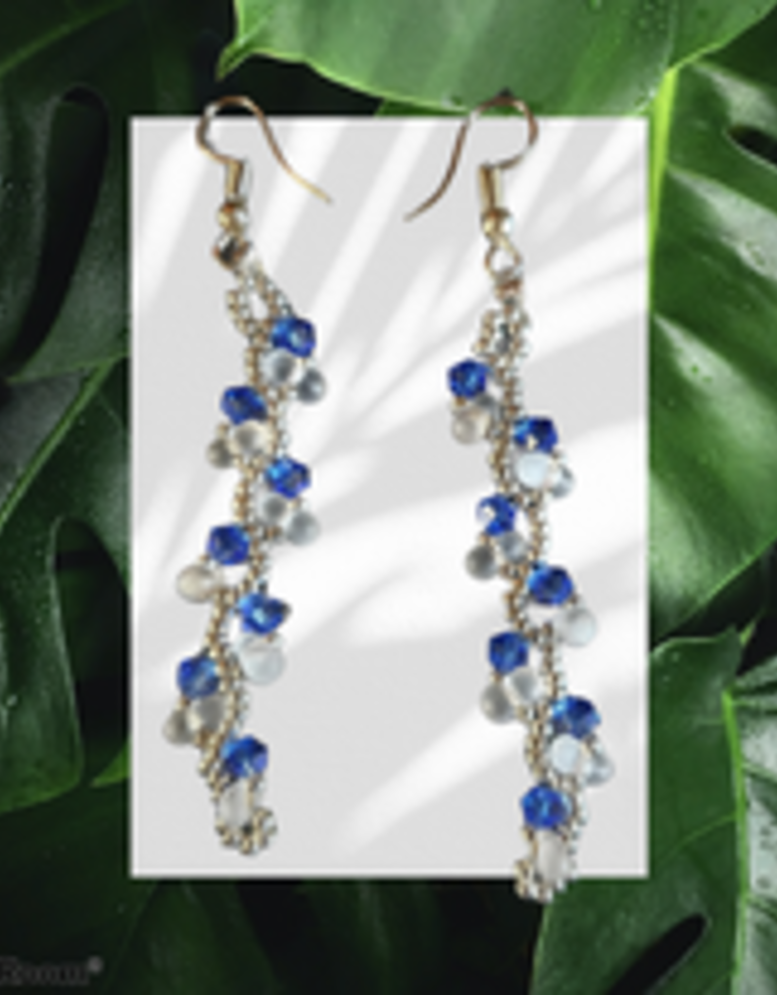 seazido - wevyra swarovski earrings Blue s-shape