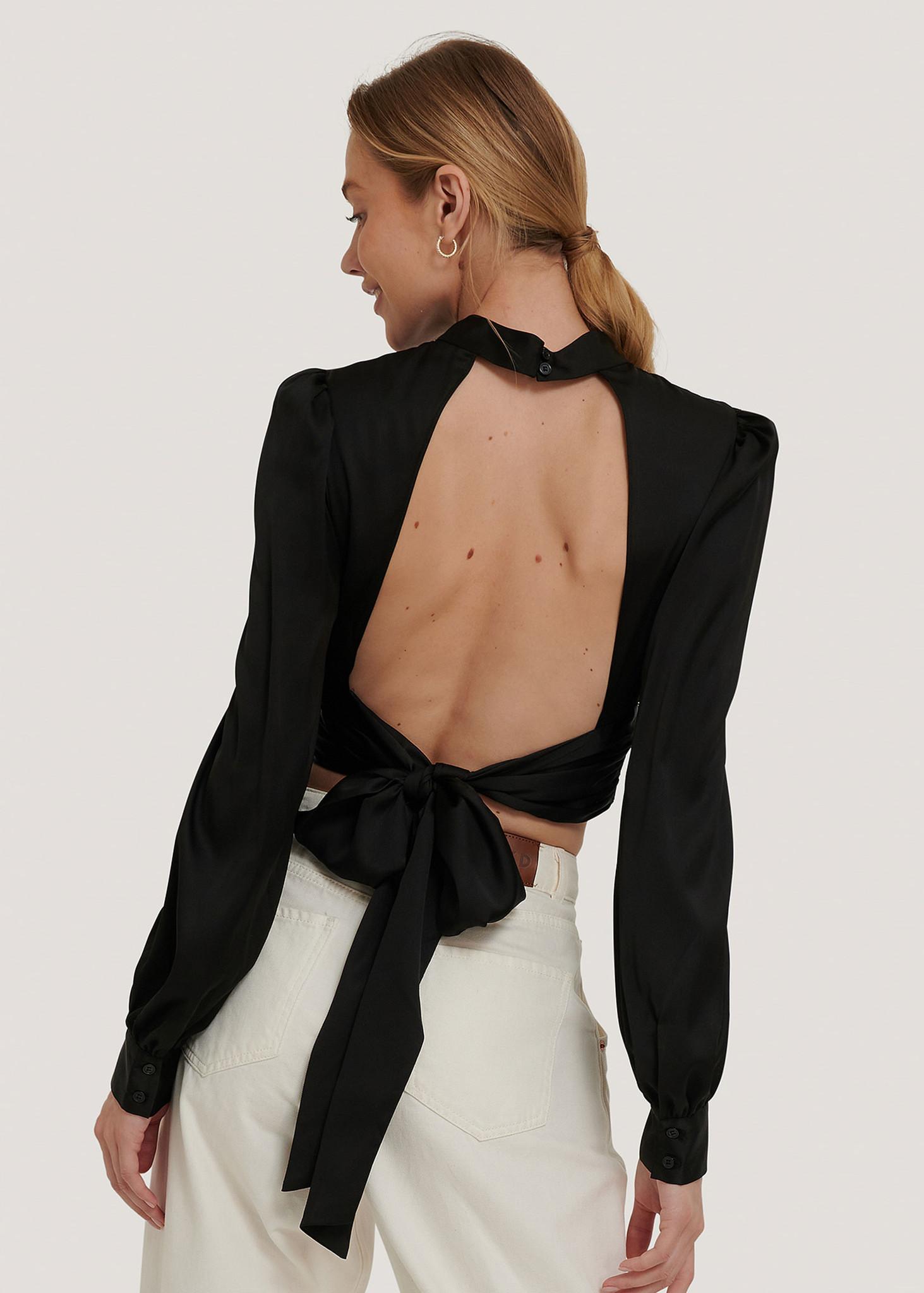 open back blouse-1