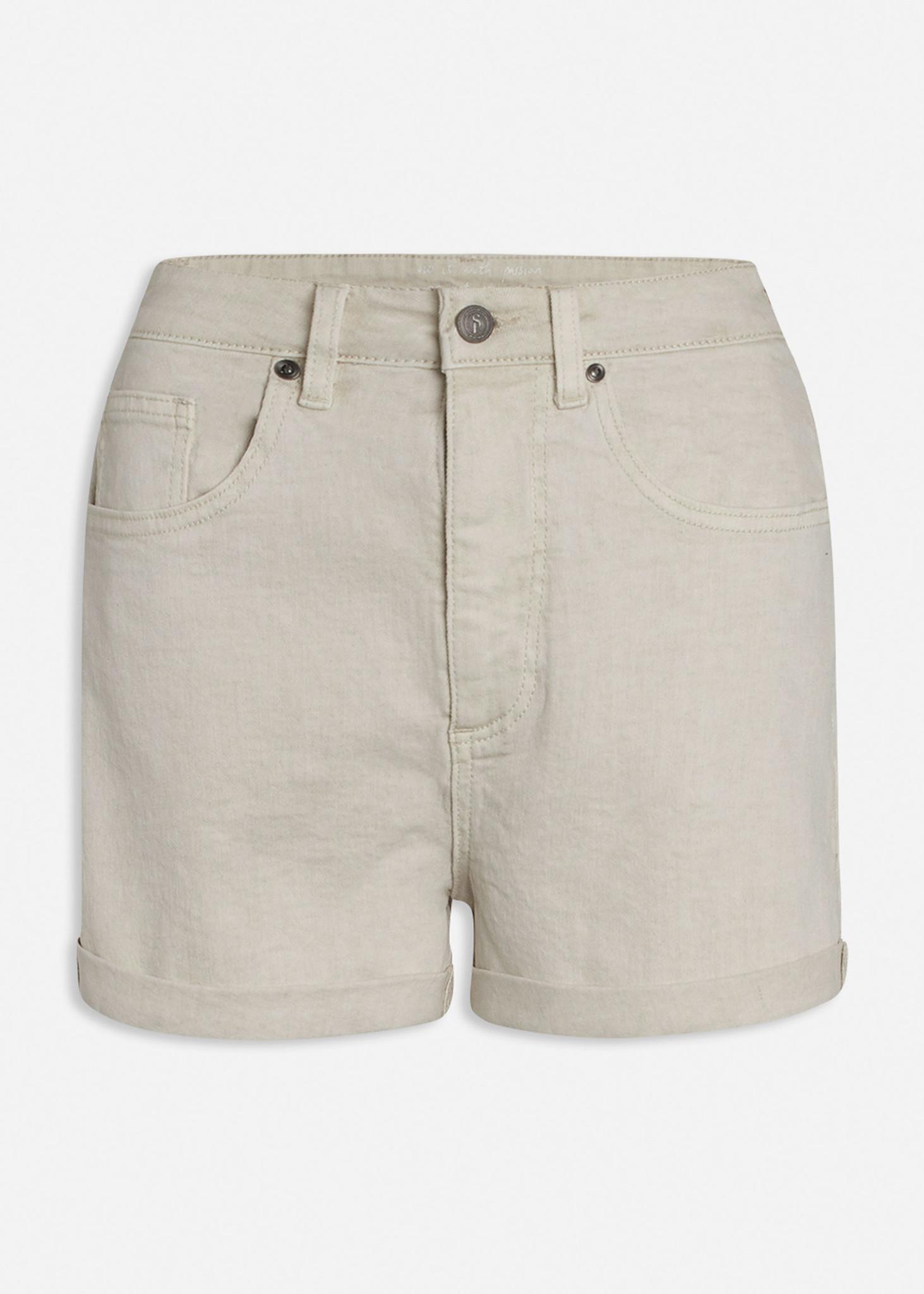 Ossy Short Vanilla-1
