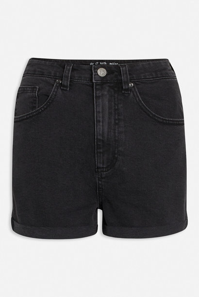 Ossy Short Black Wash