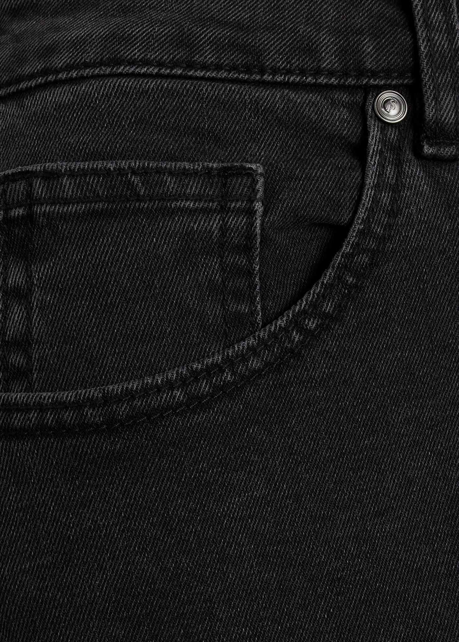 Ossy Short Black Wash-3