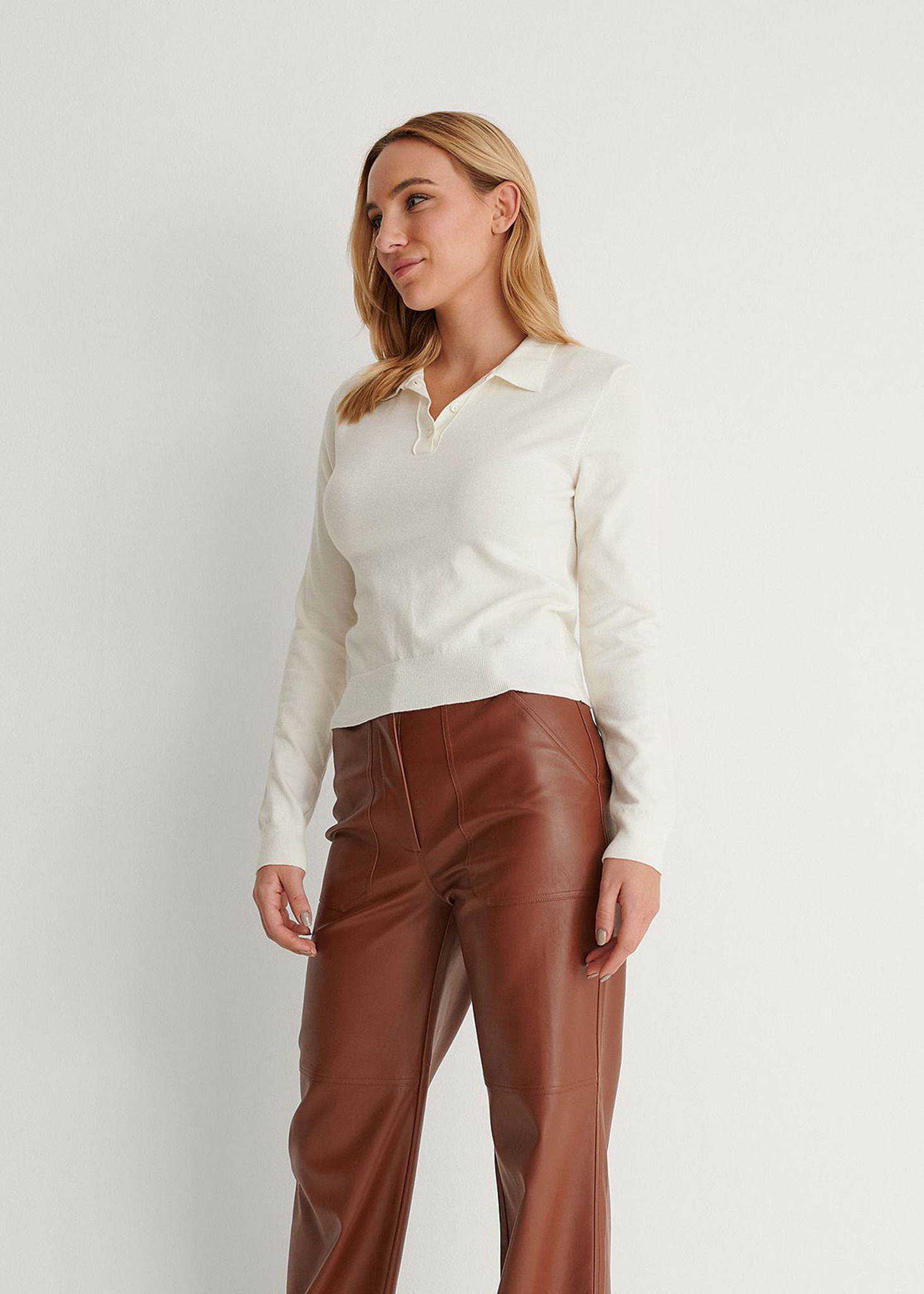 Buttoned Detail Sweater Off White-3