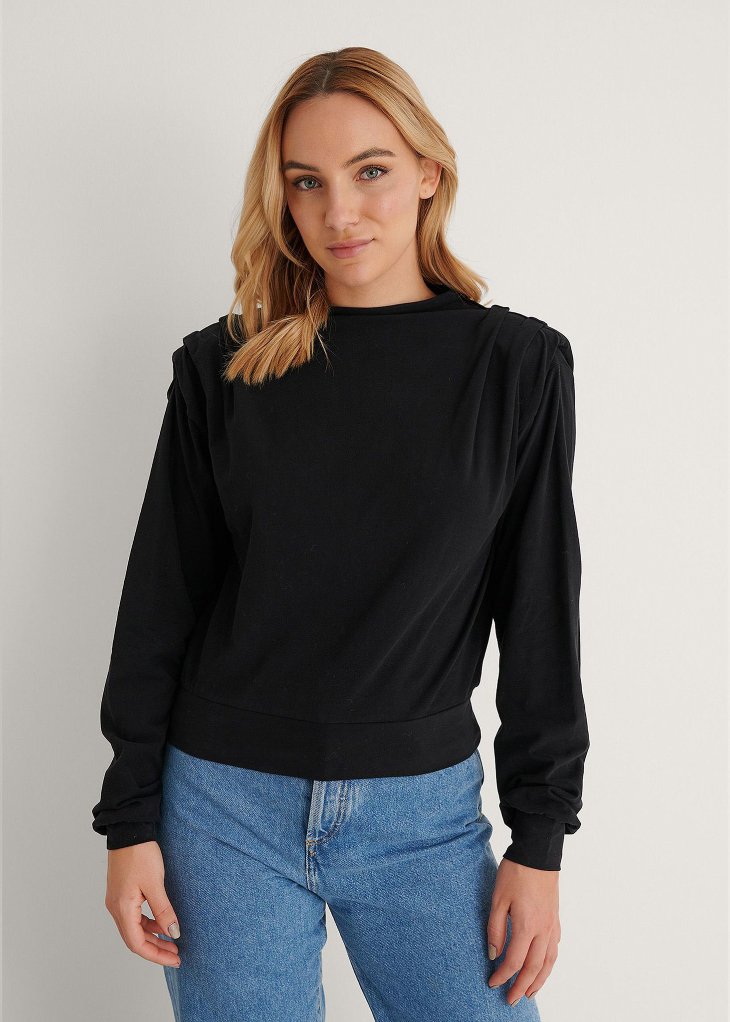 Pleated Detail Sweater Black-1