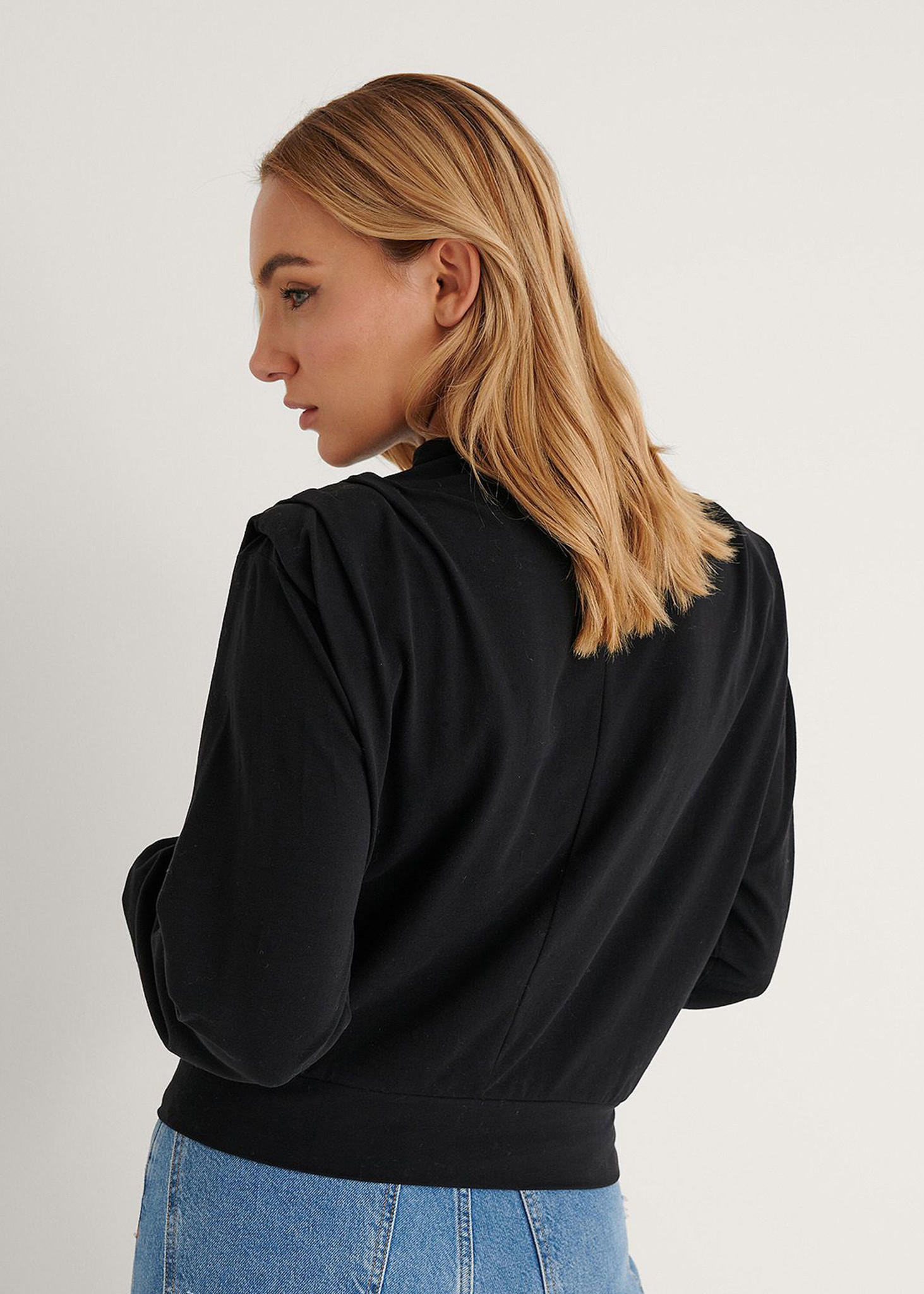 Pleated Detail Sweater Black-3