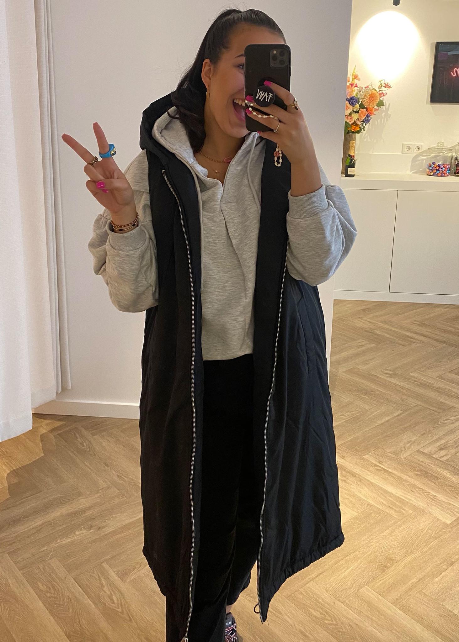 Oversized Hooded Vest Black-1