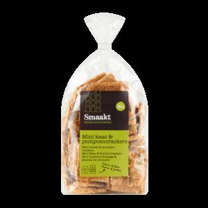 Mini cheese & pumpkin seeds crackers