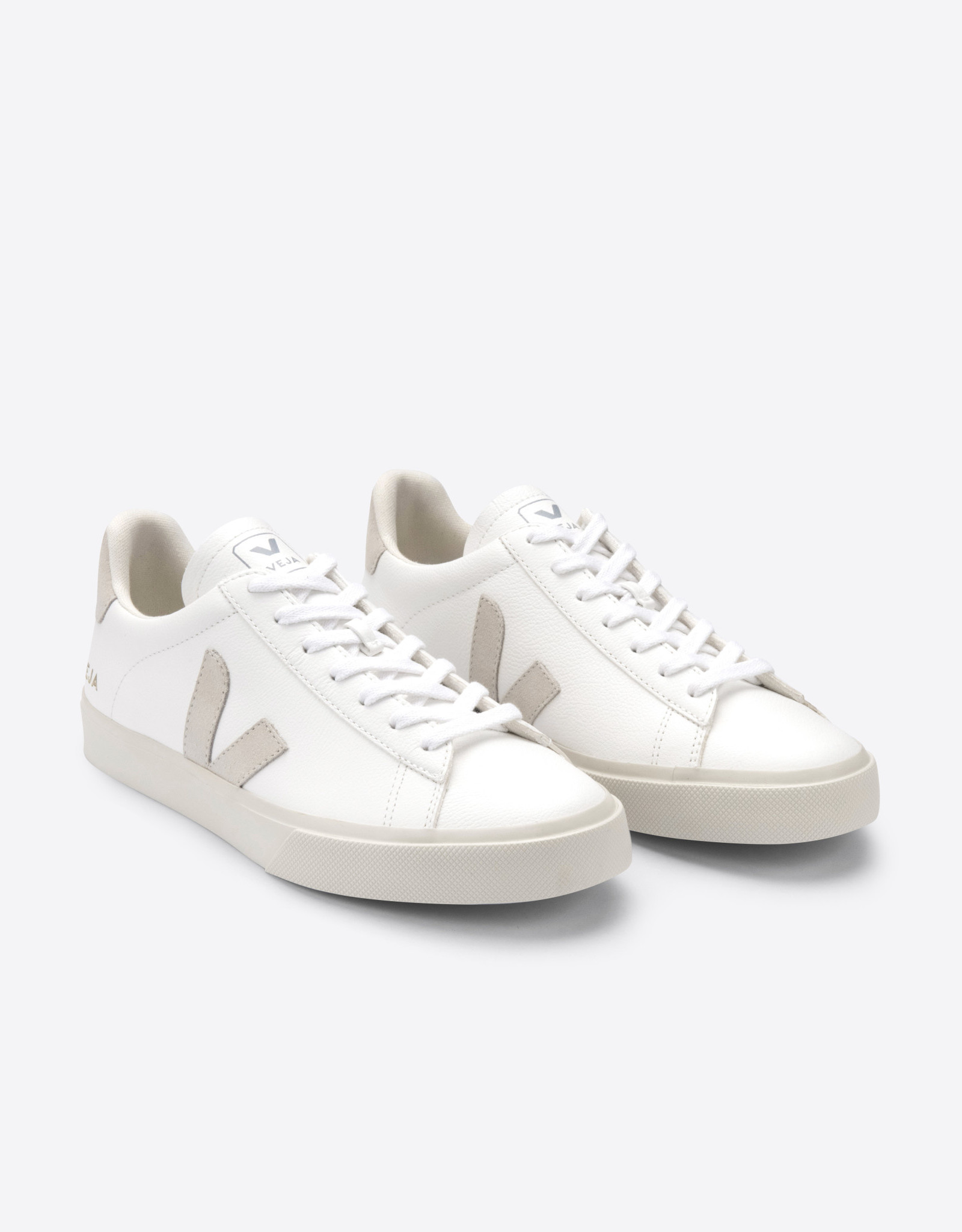Veja CAMPO CHROMEFREE EXTRA-WHIITE_NATURAL-SUEDE MEN