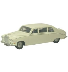 Daimler DAIMLER DS420(old English white)