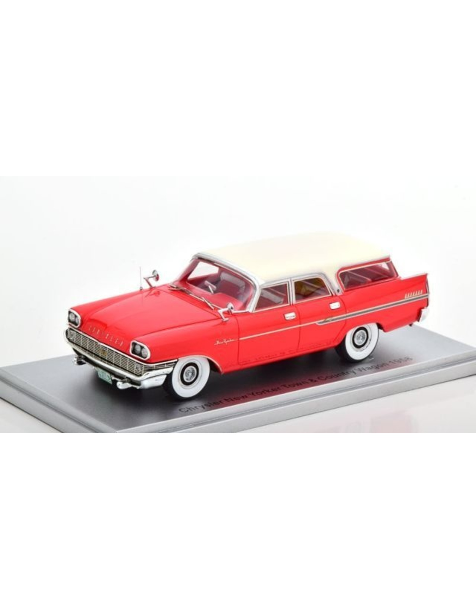 Chrysler CHRYSLER NEW YORKER TOWN & COUNTRY WAGON-1958(red/white roof)